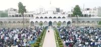 पवित्र रमज़ान महीने के आखिरी दिनों में क्या करें ? ईद की नमाज़ कैसे पढें ?