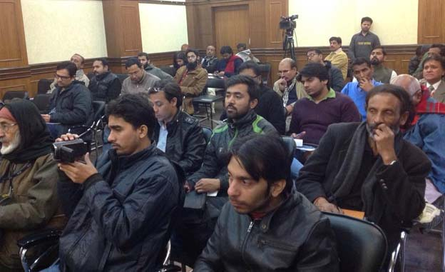 Jamaat Secretary General addresses SIO press conference over minority status of AMU, Jamia Millia
